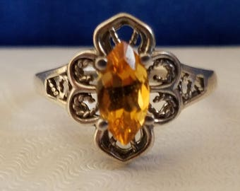 R106 Sterling Silver Ring with Yellow Stone