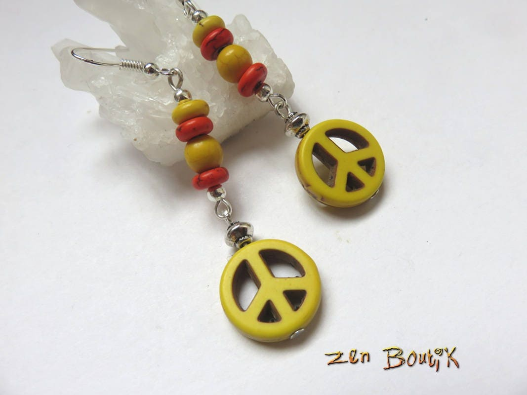 Boucles d 39 oreilles peace paix peace and love howlite - Boucle d oreille peace and love ...