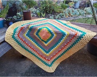 Vintage crochet throw