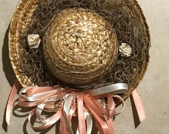 Spring Ribbons Straw Small Hat Wreath Door Hanger Welcome Spring Victorian Wall Decor Gift Idea Easter Decor