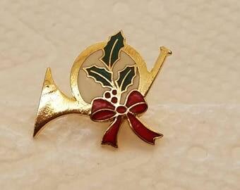 Christmas French Horn Tie Tac Pin, Christmas Pin