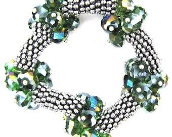 "Crystal silver plated daisy stretch bracelet 7"" green 11843"