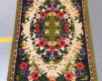 Carpet rug 100% wool floral pattern rug green brown and beige color warm vintage rug old rug small retro style suitable for home&restaurant.