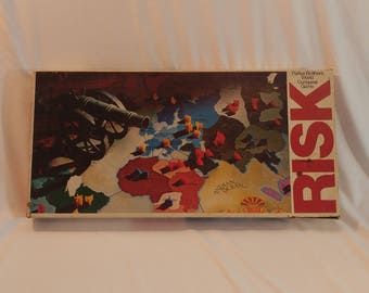 1975 Parker Brothers Risk Strategy Board Game