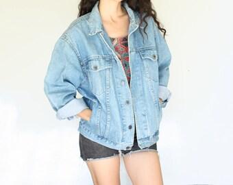 oversized 80s jean jacket L light blue wash denim vintage jacket early 90s grunge denim jacket trucker jacket womens mens distressed Large