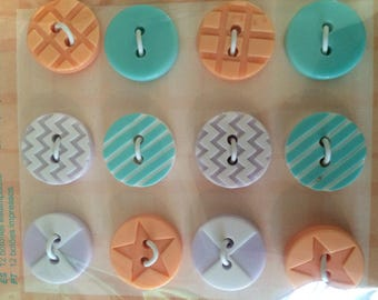 set of 12 plastic 15 mm buttons