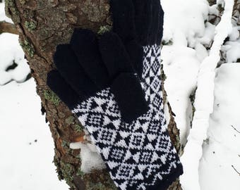 Hand knitted gloves Wool mittens Knit wool gloves Winter mittens Patterned mittens Knit gloves with full fingers