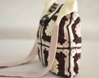 Stylish knitted shoulder bag,knitted shoulder bag,Knitted hand bag ,Knitted handbag, Braided bag, Stylish desinged bag, Crochet bag