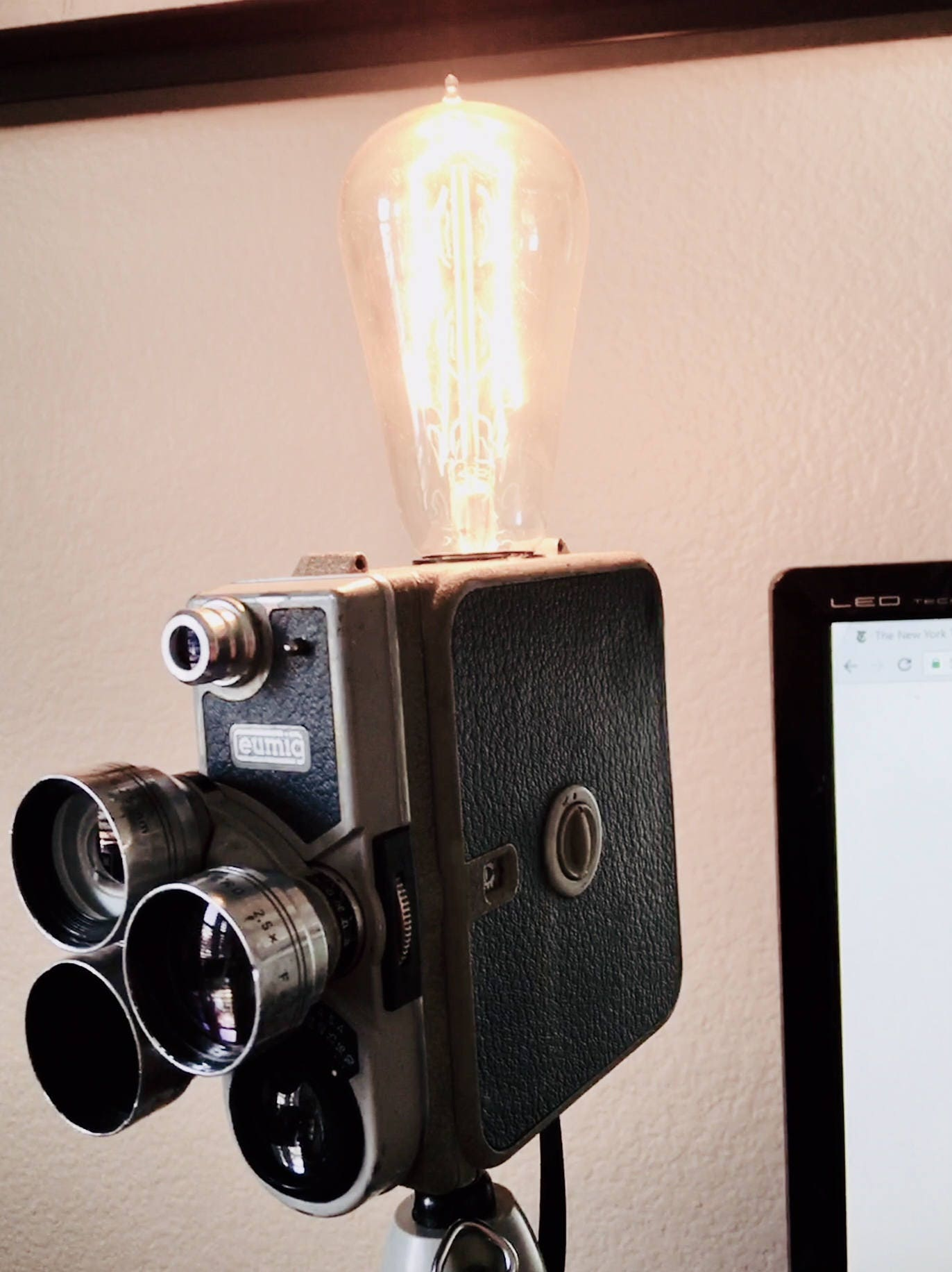 Eumig camera lamp on tripod perfect gift for photographers or gallery photo gallery photo gallery photo gallery photo arubaitofo Images