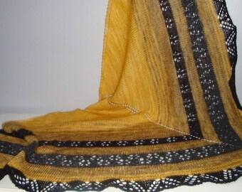 Châle , chèche , étole, couvre épaules tricoté mains