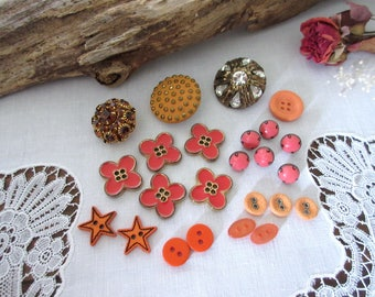 Vintage Buttons  , Orange  Buttons , Sewing Supplies , Craft  Buttons