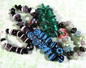 1 Handmade Lampwork Glass Bead Set (B426)