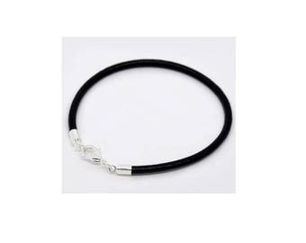 Black leather strap of 18 cm