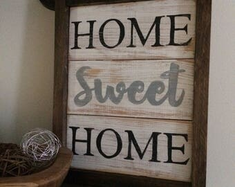 "Framed wooden sign ""home sweet home"""