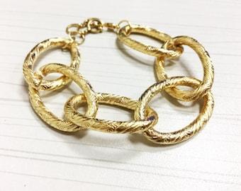 Vi Bracelet - Statement bracelet / chain bracelet /large bracelet /huge bracelet /statement jewelry /chunky chain bracelet/ steam punk