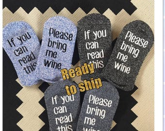 WOMENS If you can read this bring me wine socks-light blue