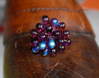 Adjustable ring with Amethyst glass drops