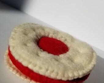 Jam Filled Biscuit Cat Toy