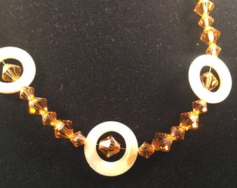 Topaz Swarovski crystal and yellow shell necklace 011