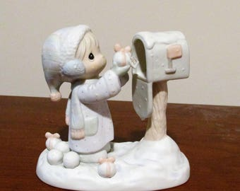 "Precious Moments Figurine: ""I am sending you a white Christmas"""