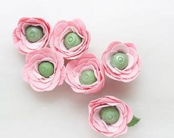 Fondant Flowers, Fondant Ranunculus, Edible Flowers, Pre made Flowers for Cupcakes, Cake Decor, Set of 6