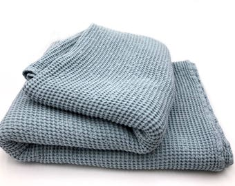 """XXL allrounder bed cover plaid blanket linen mixture Stonewashed-pre-washed waffle 230 x 260 cm/90,5 """"x102, 4"""" Blue"""