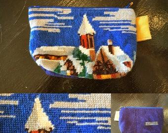 Clutch purse - Upcycling - snow village canvas - zip