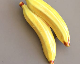 Adorable Vintage Bananas Brooch .