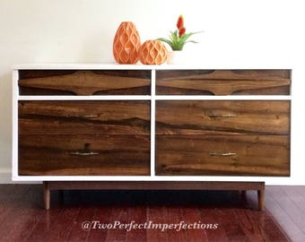Mid Century Modern Six Drawer Dresser 54l 17.5d 28h