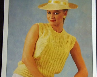 Original Vintage Knitting Pattern Womens Sleeveless Top (015)