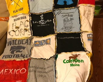 Memory quilt throw, tshirt quilt, shirt quilt, memory blanket, tahirt blanket