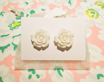 White Rose Earrings Cream Flower Earrings Vintage Embellishment White Flower Unique Flower Stud Jewellery Cream Earrings Rose Studs Vintage