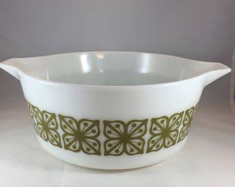 Pyrex Casserole Dish - Pyrex 475-B - Vintage Pyrex - White and Green Pyrex - Square Green Flower Pyrex - Pyrex Baking Dish - 1970s Pyrex
