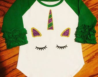 Little girls Mardi Gras unicorn ruffle raglan. Toddler girl life of the Mardi magical parade shirt. T-shirt for New Orleans.
