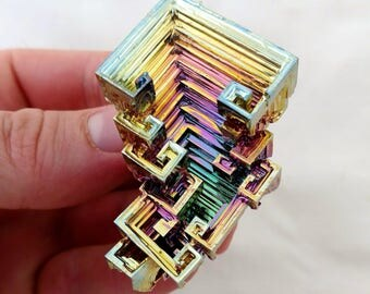 Rainbow Bismuth Crystal 68g Lab Grown Jewelry Display Specimen Educational Metaphysical Metal Healing Stone