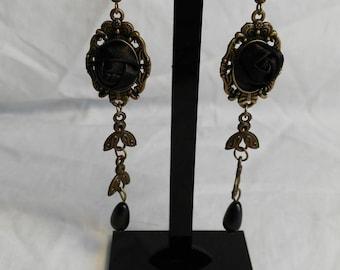 """""""Dark Flora"""" earrings"""