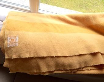 Hudson's Bay Company Blanket 4 Point Harvest Gold // Vintage HBC Bay Point Blanket // Gold Harvest Trapper Trade Point Blanket