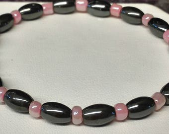 Bracelet, hematite, stone of sleep and relaxation, rice pearls and seed beads