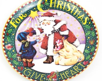 "Mary Engelbreit ""Give Your Heart"" Santa porcelain plate."