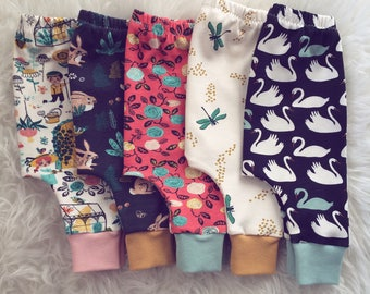 OUTLET! SIZE 3 MONTHS, 100% organic cotton harem pants, 13 euros instead of 20!
