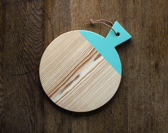 Wooden board with leather strap//minimalist cutting board in mint//geometric board for Cutting & serving/Breakfast Board Turquoise