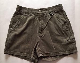 20% OFF SALE... Bill Blass high waisted shorts || 1980s moss green denim mini shorts