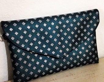 Dark green clutch bag and glitter diamonds