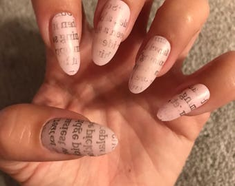 Newspaper acrylic nails