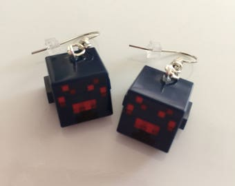 Minecraft spider head earrings built of LEGO® bricks
