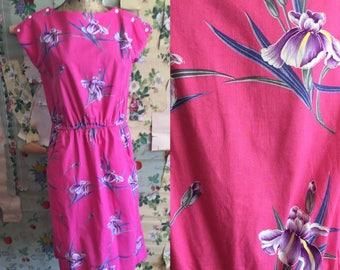 Vintage 1980s/1990s Pink Hawaiian Iris Dress. Large. Pockets, pink, purple, blue, floral.