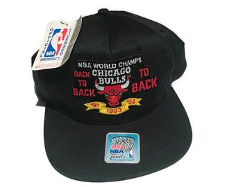 Vintage Chicago Bulls Back To Back World Champions Snapback Hat Adjustable NBA Basketball 1991 1992 1993 NEW Tags