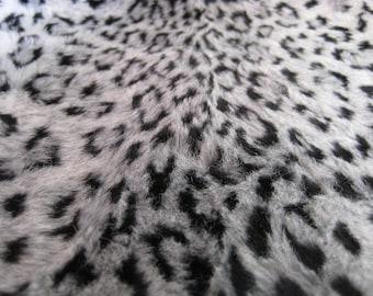 ANIMAL PRINT - Snow Leopard II
