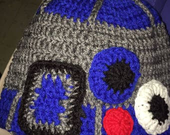 This is an R2D2 hat made in child adult size