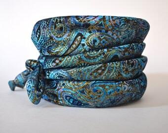 "Vintage 'ILGWU"" Ladies Hat Union Made USA Blue Paisley Print"